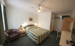 raymond terrace motel
